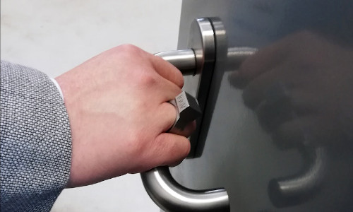 The smart ring can lock and unlock smart doors.